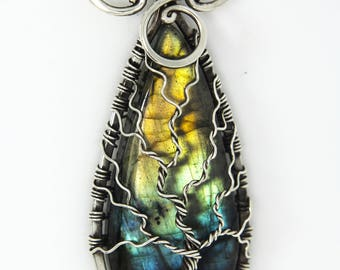 Labradorite Tree of life pendant Sterling silver 'Sunny island' - necklace - Labradorite necklace - Healing crystals -Birthstone - Yggdrasil