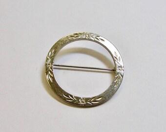 On Sale Vintage Floral Circle Pin item K # 3183