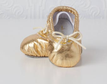 Baby Ballet Slippers - Gold - premie newborn toddler ballet baby shoes moccasins leather