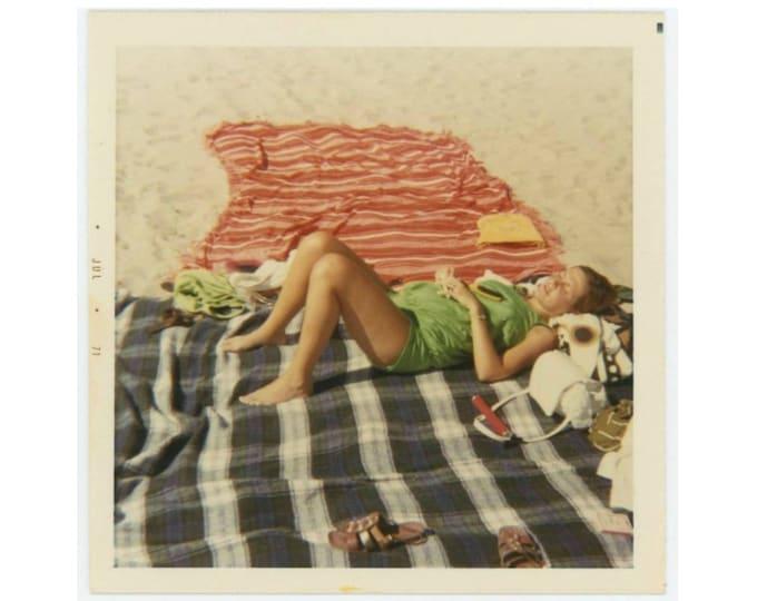 Vintage Snapshot Photo: Beach Blankets, 1971 (77591)