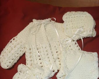 4 pc white newborn layette