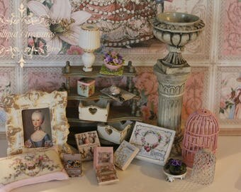 Dollhouse miniature shabby/victorian books