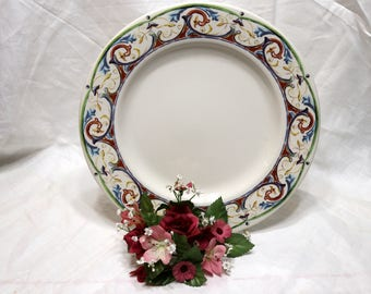 "Syracuse China - ""29-C"" - Dinner/Buffet Plate - White Background - Patterned Edge"