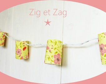 "String light 10 slots yellow and flowers Roses ""Garden extraordinnaire"" switch room"