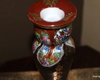 1 Dollar Shipping! Beautiful handpainted asian candle holder burgundy