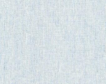 Chambray Essex Yarn Dyed Homespun from Robert Kaufman Sky Blue Fabric - Cotton Linen Blend - Quilt Fabric - Blue Linen Yarn Dyed Linen