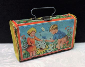 Wonderful Vintage Tin Vasculum, Mid Century c 1950s ? Children Little Boy Girl Butterfly Flowers Snail Kids Antique Decorative Botanical Box