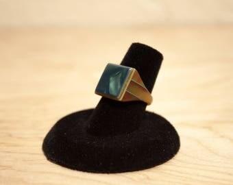Rare Vintage Art Deco Celluloid Bakelite Plastic Prison Ring Size 5