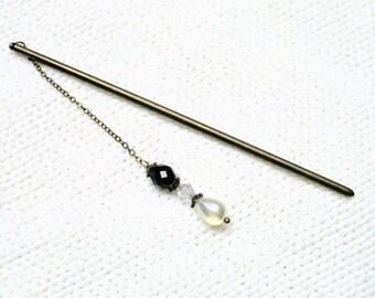 vintage D687 brass hair stick