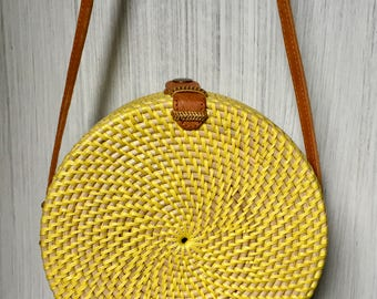 Handmade Rattan|Ata Grass Round bag; Bali bags; Crossbody; Vintage look; Boho bag; Hippie Bags; Made from Bali, Indonesia