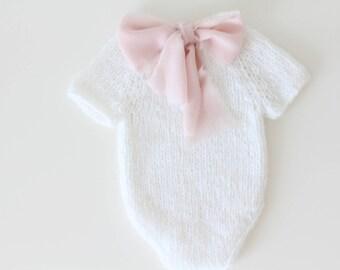 Newborn props - Newborn romper - Baby girl romper - Short sleeve romper - Photo Prop Outfit - Photo prop romper - Snow white- Newborn girl