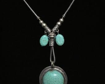 Vintage Faux Turquoise Necklace & Earring Set (JT5)
