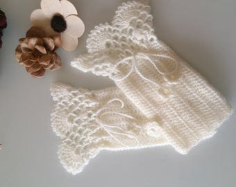 Ivory Bridal gloves, crochet fingerless gloves, crochet gloves, Bridesmaid gift, bridal accessories, wedding lace gloves, rustic wedding