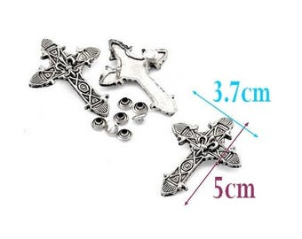 2 rivets (double bail) cross, Gothic, 5cm, silver antique