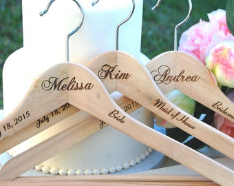 2 Bridesmaid Gifts, Personalized Bridesmaid Hanger, Bridal Party Gift, Wedding Party Maid of Honor Flower Girl, Bridesmaid Monogram Hanger