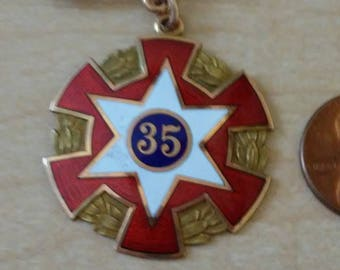 Independent Order of Odd Fellows 35 years membership pin