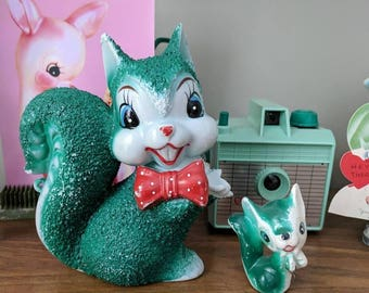 Vintage Arnart Squirrel with Baby| Kitschy| Green