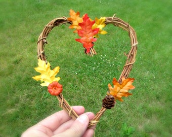 Fall Cake Topper Wedding, Autumn Cake Topper, Rustic Thanksgiving Cake Topper, Twig Grapevine Heart Wreath, Fall Wedding Decor Decoration