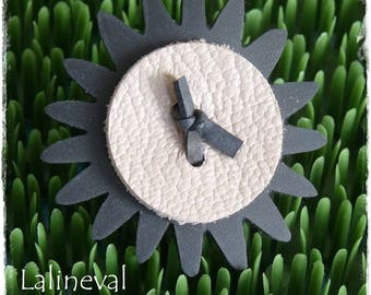 Flower ring in inner tube and Tan Leather