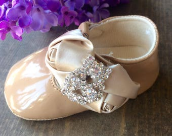 Baby girl shoes beige, baby shoes, zapato de bebe.