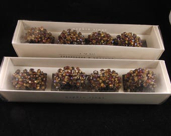 Beaded napkin holders  (8 napkin holders)