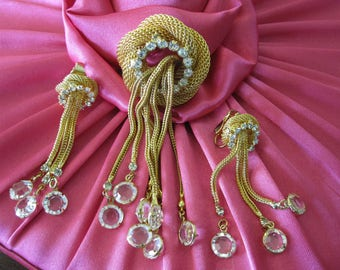 HOBE CRYSTAL Brooch Pendant and Earrings Demi Parure