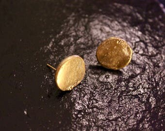 Old World Gold Disc Earrings