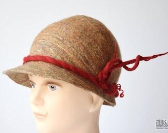 Beige and red, Cinamon hat, Wool felt hat, Cloche felt hat, hand felted hat, wet felted hat, cloche hat, 1920s hat, retro dress hat