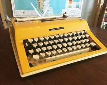 Rare and fun 1970s Montgomery Ward Escort 55 Typewriter made by Olivetti - Working Condition with New Ribbon