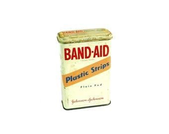 "Johnson & Johnson Band Aid Plastic Strips Tin, Vintage First Aid and Medical Supplies Tin, 1970""s, B1"