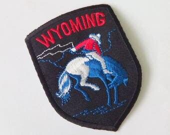 "Embroidered Wyoming Wording Iron on Patch Badge (2 1/4""x 3 1/8"")"