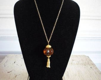 Vintage Avon Molded Lucite Amber Gold Tone Tassel Pendant Necklace