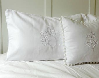 Pillow Shams Piped with Monogram/ White Welting Bed Pillow/ Personalized Pillow Sham/ Pique bed shams