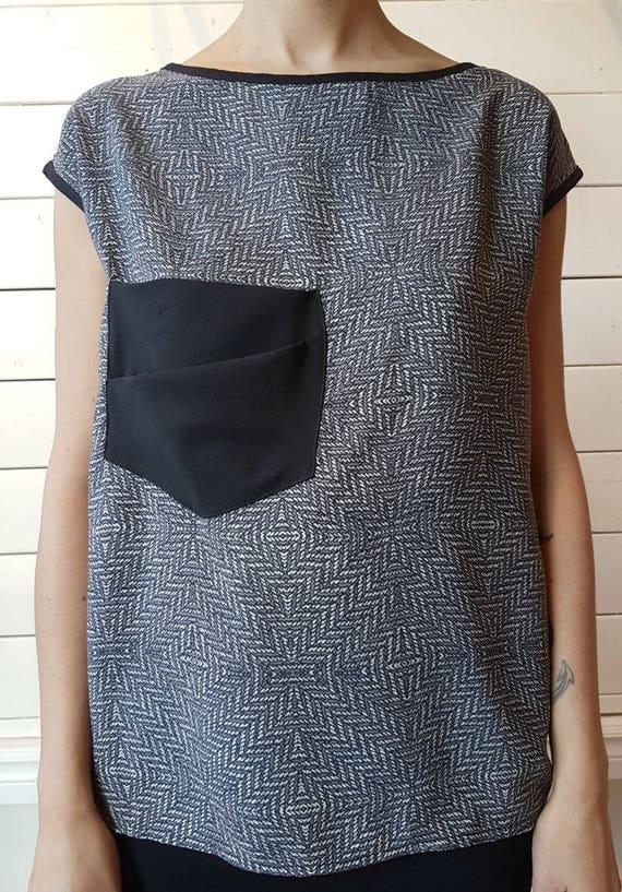 BLOODY MARY - prints top, short sleeves with oversize pocket for womens - Grey with diagonals print