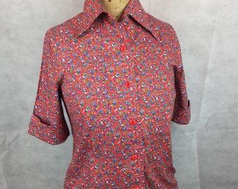 Vintage original 1960s 1970s blouse retro floral