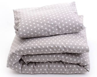 Taupe cotton bed and star white
