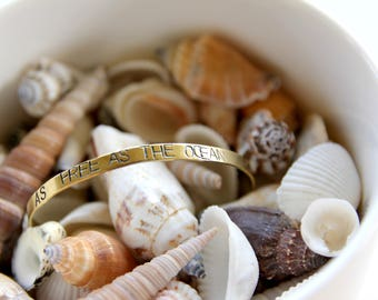 As free as the ocean | Handstamped bracelet 4mm