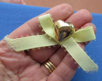 Retro Heart Shaped Yellow Ribbon Brooch