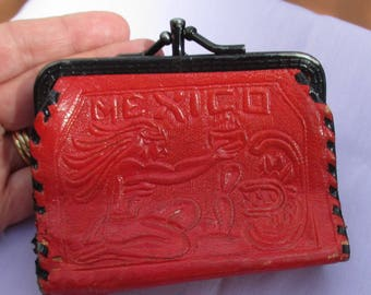 Vintage Mexico Aztec Theme Red Black Tooled Leather Change Purse TLC