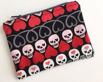 Skulls and Hearts Coin Purse, Credit Card Pouch, Coin Pouch