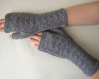 Knitted of SILK and super soft baby ALPACA wool. Medium GRAY fingerless gloves, wrist warmers, fingerless mittens. Thin gloves.