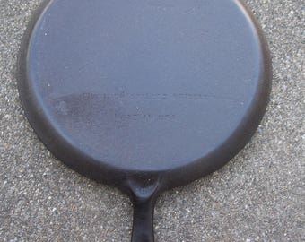 Erie #8 Cast Iron Griddle Cleaned & Seasoned