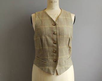 Women's tweed waistcoat by Maxmara / light olive grey wool waistcoat / English country / wool tweed waistcoat / chic / UK 12