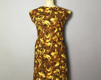 50s cotton pencil dress / brown and yellow 50s print dress / 50s  wiggle dress / true vintage fitted shift dress / handmade 1950s dress / 12