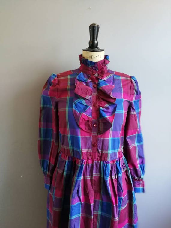 Vintage tartan party dress / pink blue plaid dress /plaid party dress / pie collar dress / pink blue tartan ruffle dress / 80s mom party
