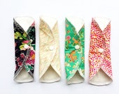"""Lucy & Mabs Cotton Bamboo Wrap Style 7.5"""" Pantyliner Set of FOUR/ Priory Square"""
