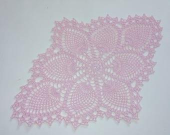 """Oval crochet doily , pink doily , lace tatlecloth , 15"""" x 11"""""""