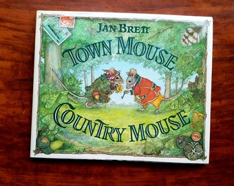 "Jan Brett ""Town Mouse Country Mouse"" hardback. 1994. Animal stories. Fables. Mice stories. First birthday. Baby shower gift."