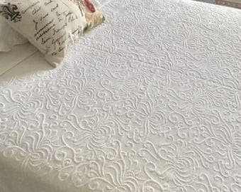 King Coverlet, Matelasse Bedspread, French Country Quilted Bedding, Cottage Chic Bedspread, 105 x 96