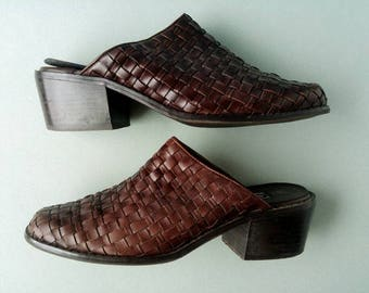 1990s Woven Leather Mules - Chunky Heel Slides Size 8